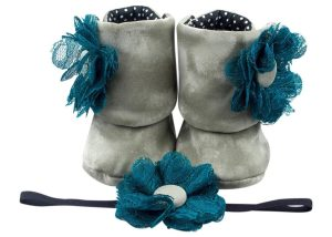 Olive Garden Baby Girl Booties And Headband Set