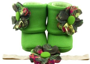Hawaiian Diva Baby Girl Booties And Headband Set